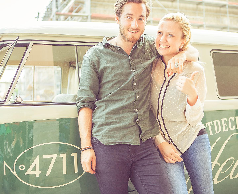 People-Fotografie in Köln für Werbe-Fotos zur 4711 Heimattour am Retro VW Bus