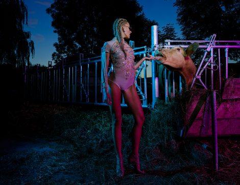 Bauernhof Editorial Strecke Fashion Fotografie in Düsseldorf für Mode Magazin