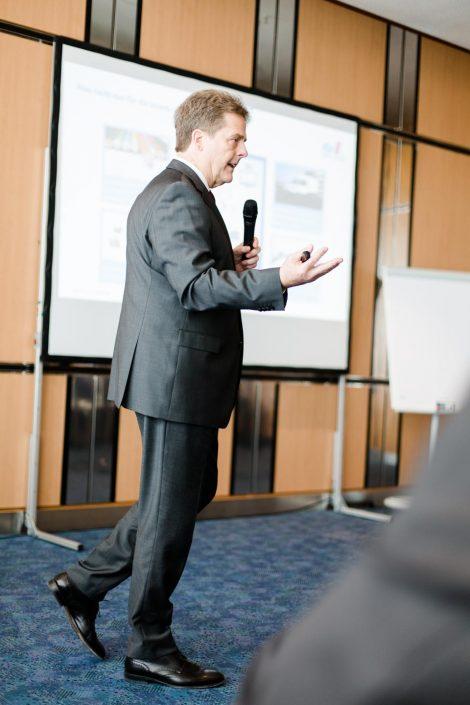 Professor Dr. Volker Stich Geschäftsführer FIR der RWTH Aachen