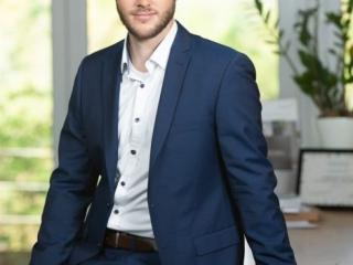 Portrait der Geschäftsführung für Xing, Linkedin und Social Media